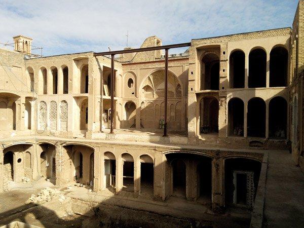 خانه تاریخی عباسیان