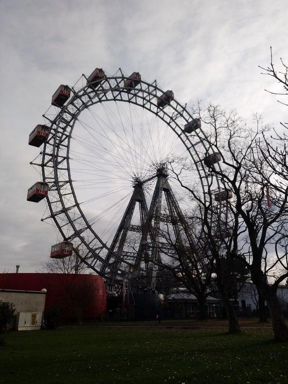 شهربازی وین  Viennese Giant Ferris Wheel