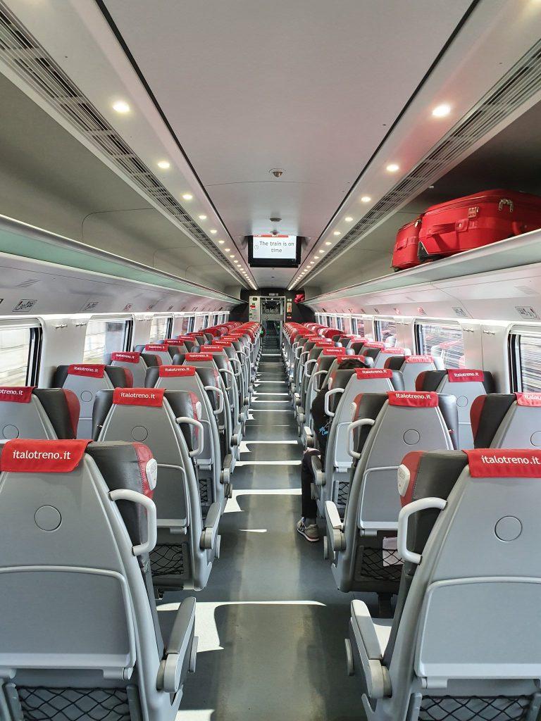 قطار تقریبا خالی به سمت بولونیا از رُم