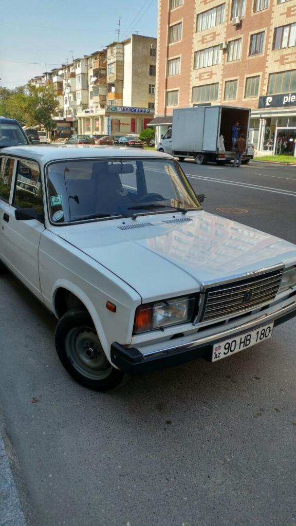 ماشین لادا در باکو آذربایجان