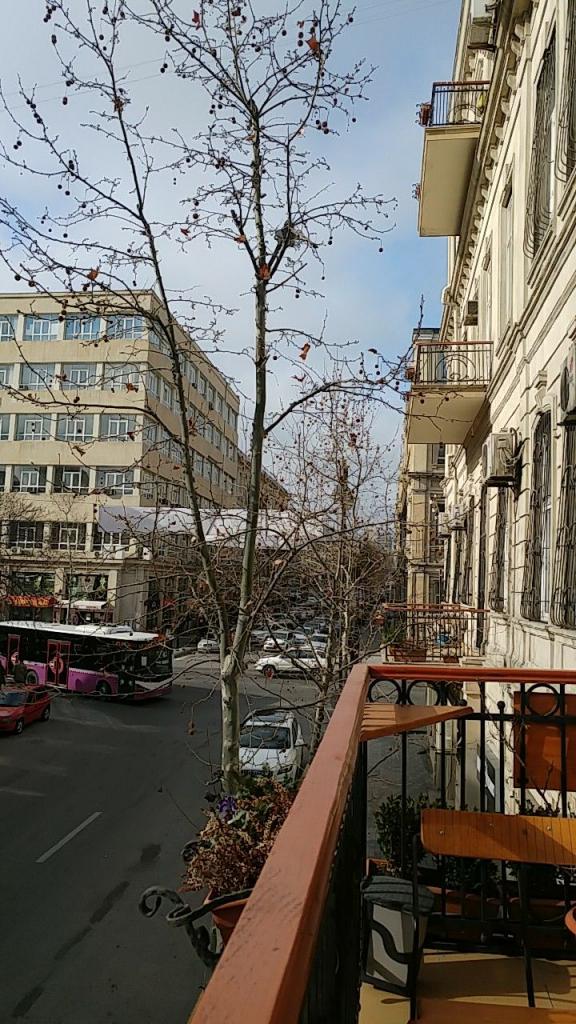 هاستل Freedom hostel در باکو آذربایجان