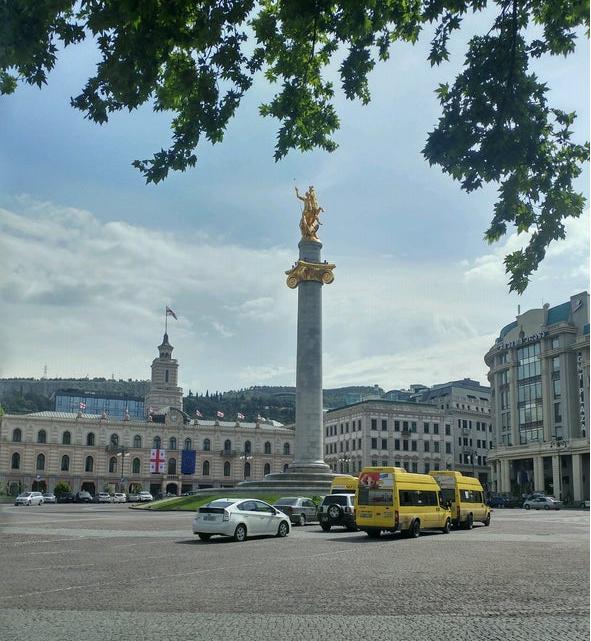 میدان آزادی تفلیس  یا همون Freedom Square