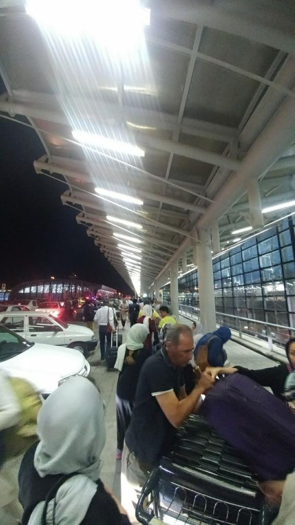صف ورودی فرودگاه امام