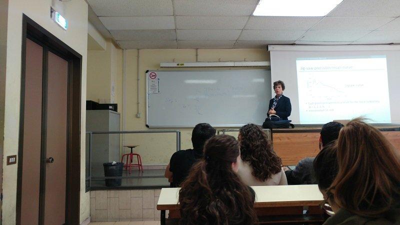 عکسی از کلاسهای دانشگاه ساپینزا رُم