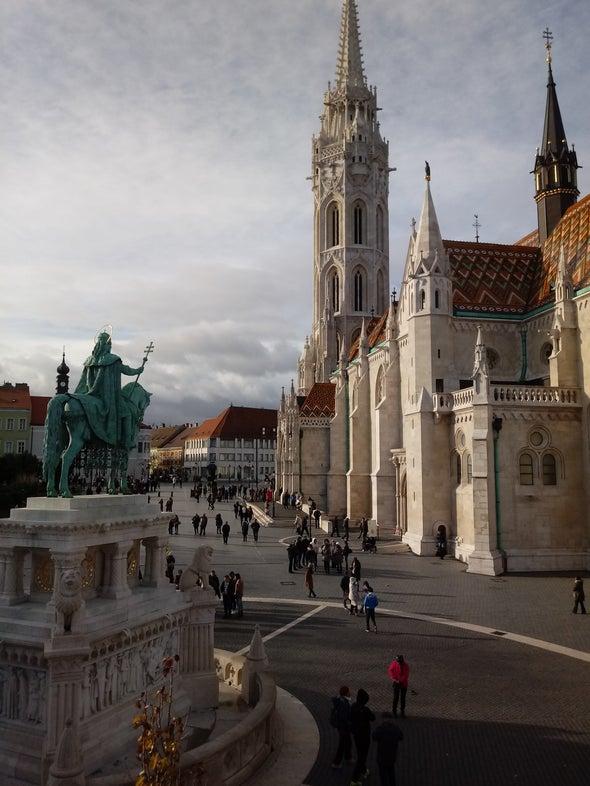 قلعه Buda Castle  - Budavári Palota بوداپست