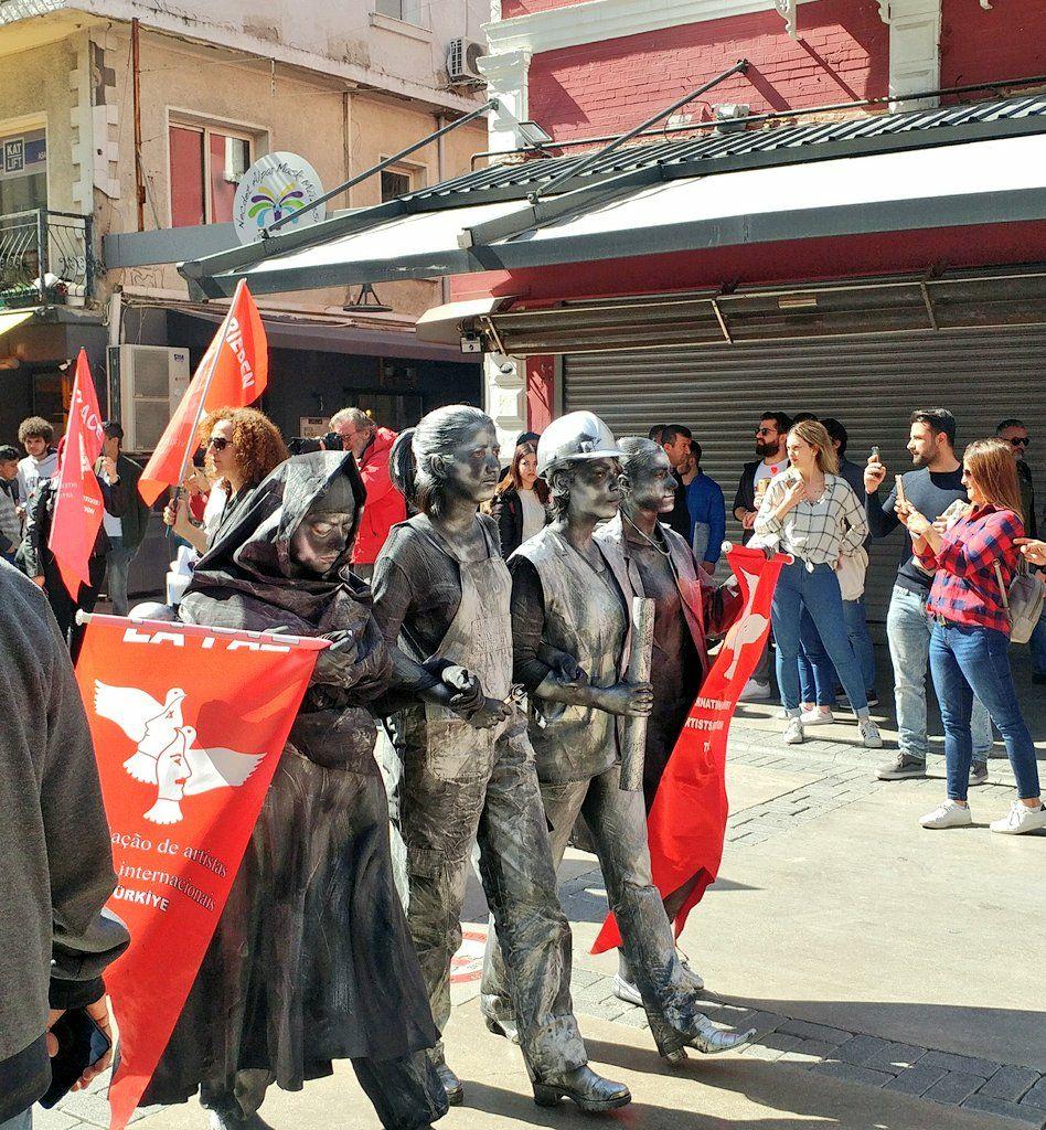 رژه روز زن ازمیر ترکیه
