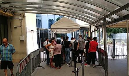 صف انگشتنگاری مرکز مهاجرت رُم ایتالیا