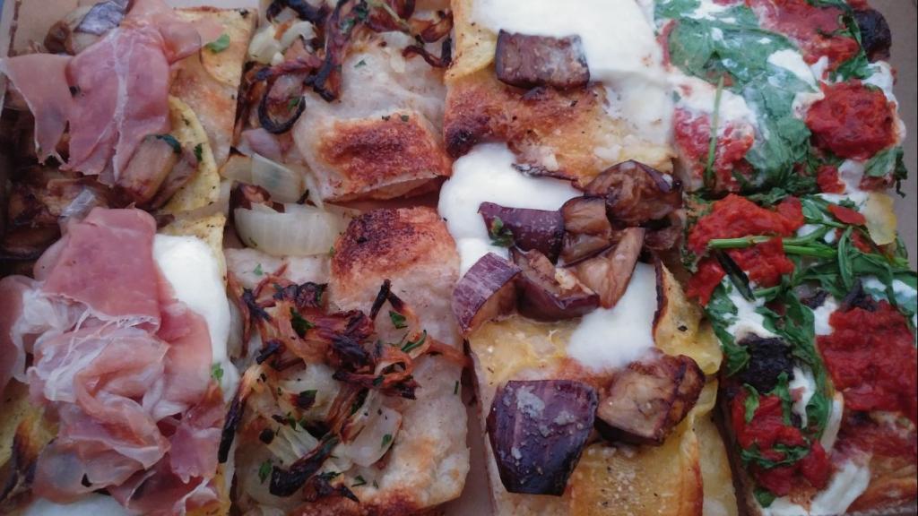 پیزای رُمی Pizza al taglio